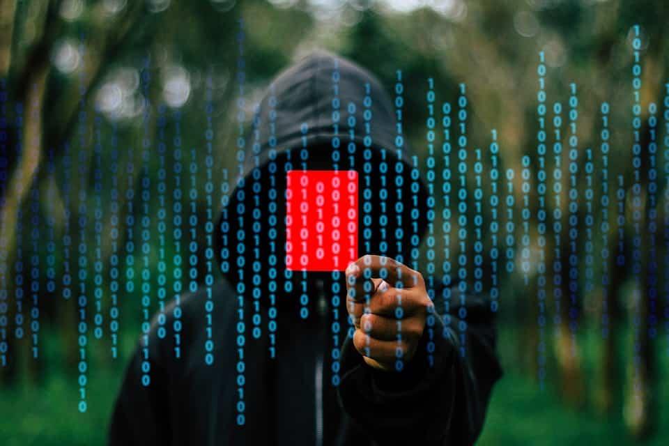 hackers atacando