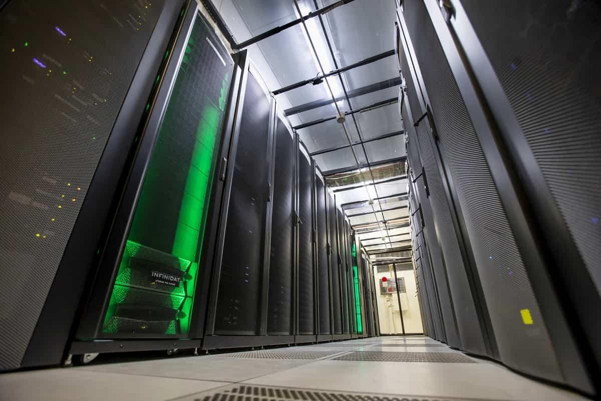 centro de datos de arsys pasillo de servidores 2 sd
