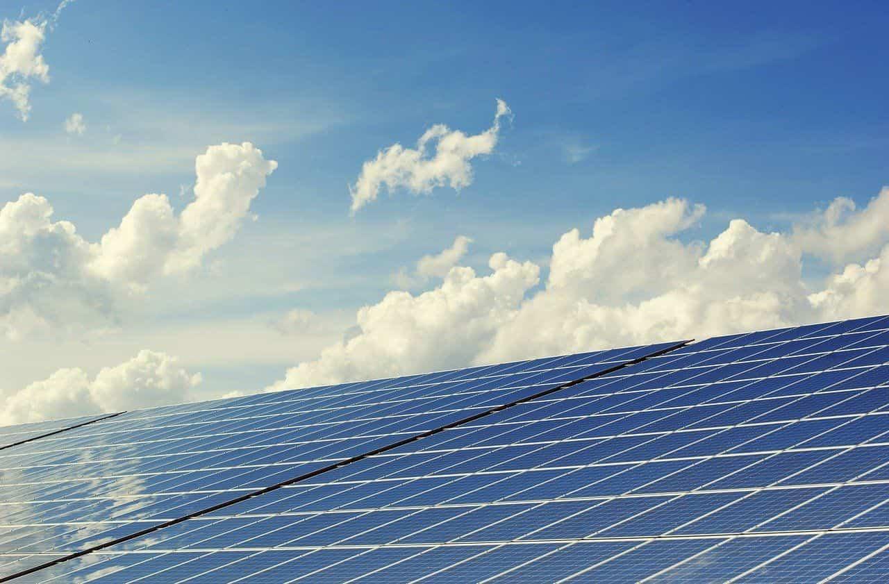 andalucia casi duplica su potencia fotovoltaica conectada a la red